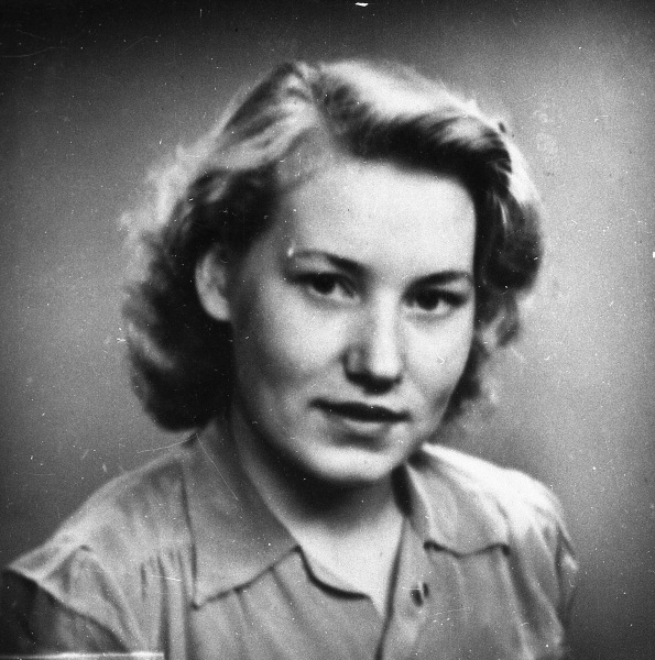 Lilly Erlandsson gift Palmestedt - hgn1841