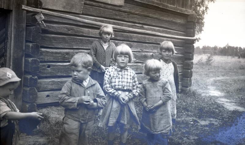 Barn från Olsnäs