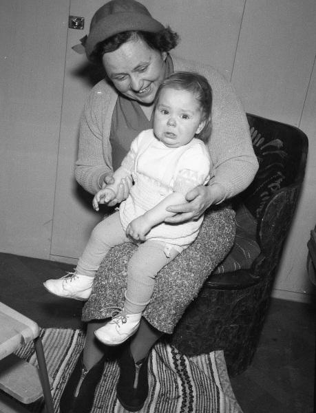 Karin med sonen Arne