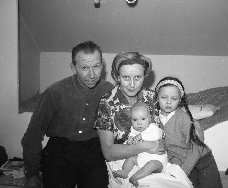 Arvid Knuts med familj