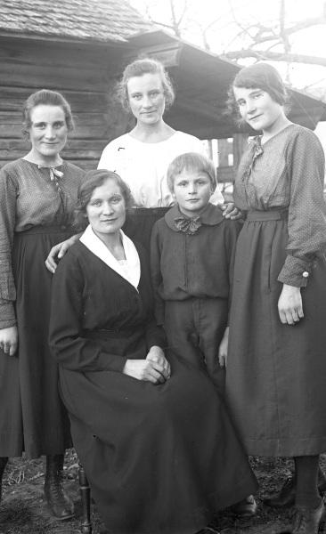 Barnen i familjen Buslars Anders Pettersson