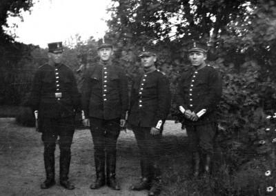 Fyra militärer