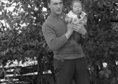 Man med baby