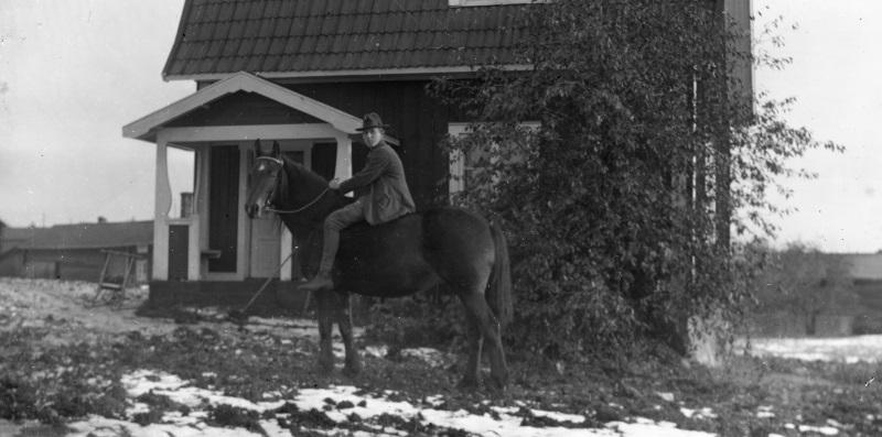 Man till häst