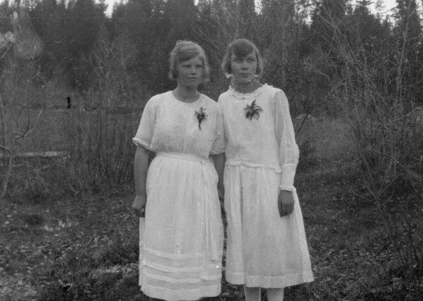 Två flickor