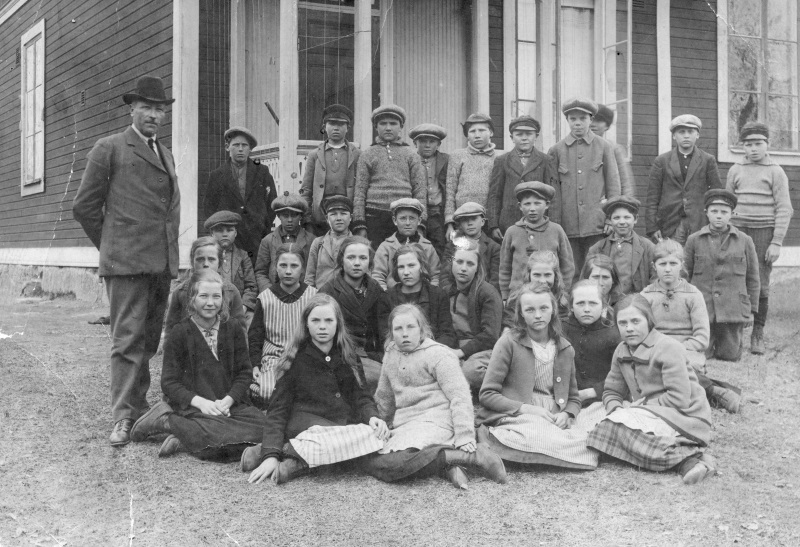Skolklass för Mats Larsson födda 1913