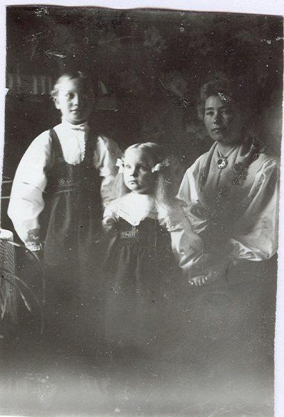 097  Mor och barn