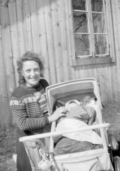 Karin med baby
