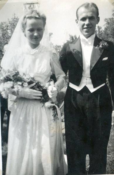 Kisti och Åke Seyffarth gifter sig 1941