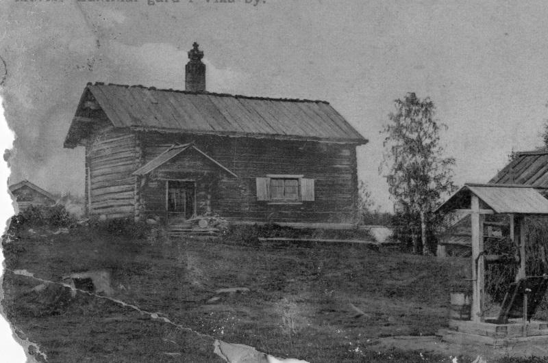 Gammal gård i Vika by