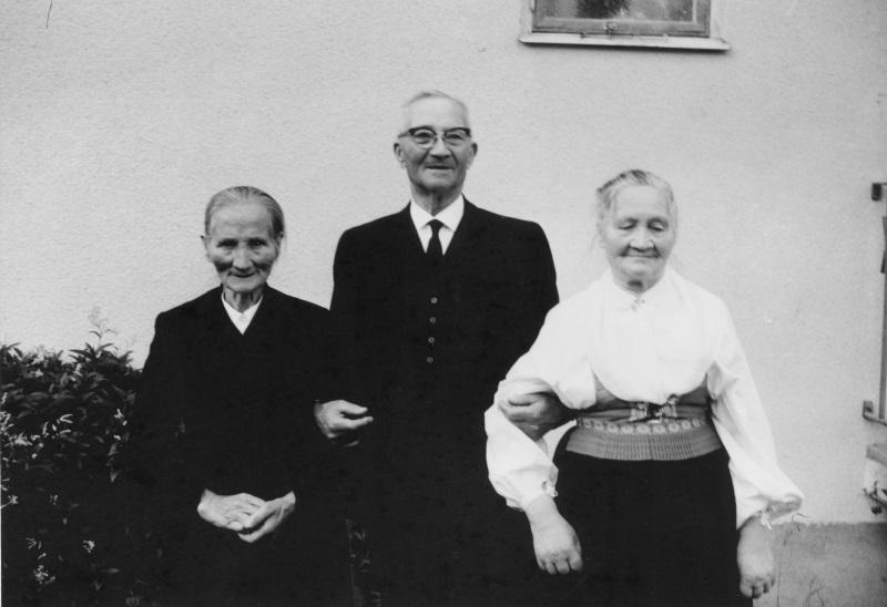 Syskonen Karin, Erik och Maria
