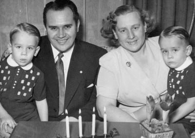 Gösta, Edit och tvillingarna