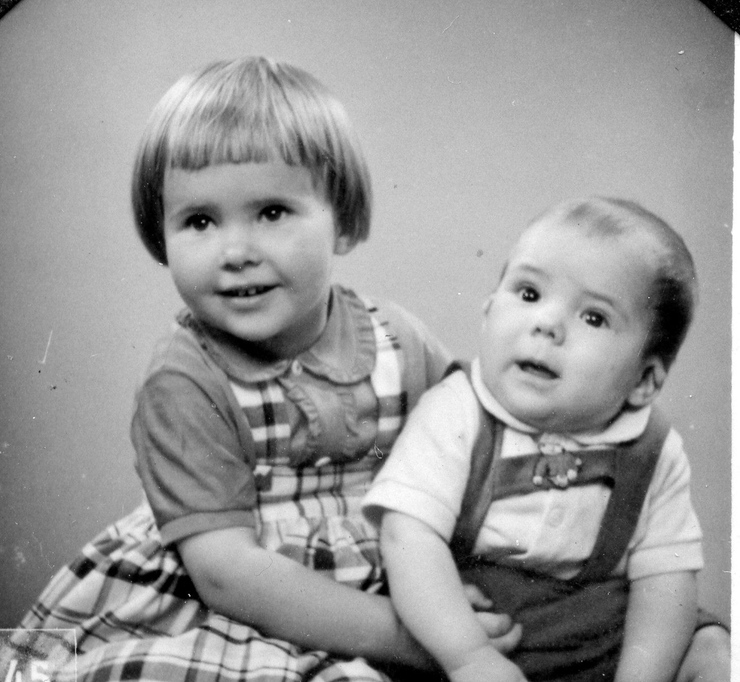 Två barn