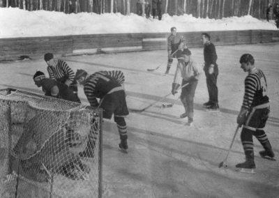 """""""Gubb-lag"""" som spelar hockey"""
